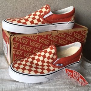 VANS Checkerboard Classic Slip-On Hot Sauce9.5
